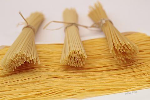 Spaghetti félék