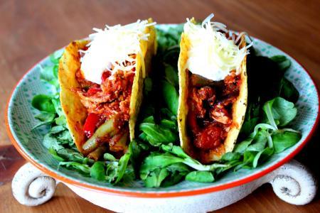 Zöldbab chili recept madársalátával